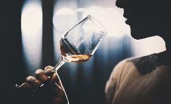 7 công dụng tuyệt vời của rượu vang bạn nên biết