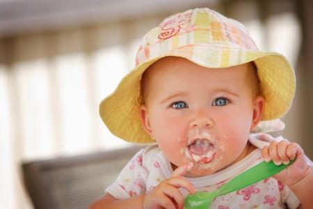 Cách xử lý nôn trớ của trẻ con theo lời khuyên của các chuyên gia