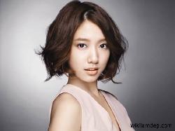 Quyến dũ với những kiểu tóc dành cho cô nàng mặt to